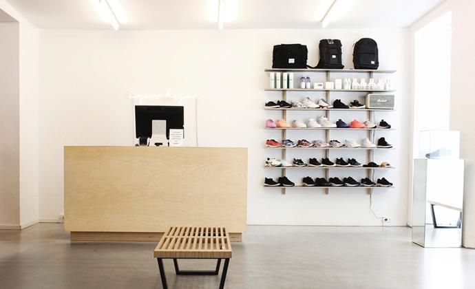 Scandinavian_retailers_naked_copenhagen_02