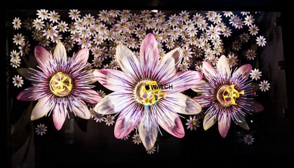 Selfridges_Flower_Windows_USP_01