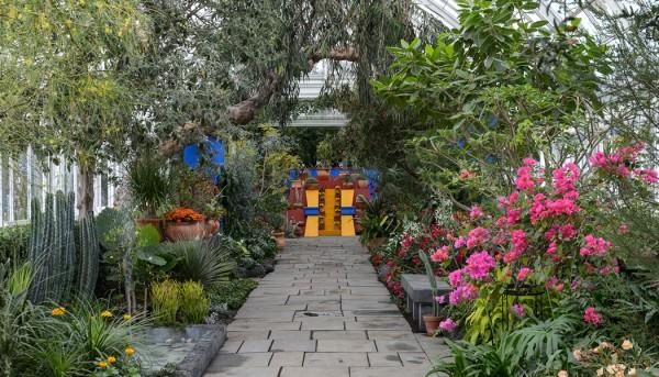 Frida_kahlo_art_garden_life_USP_01