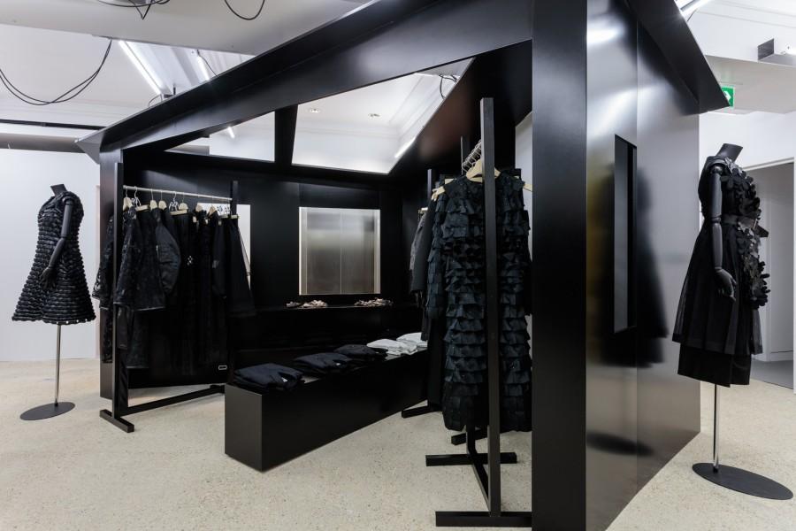 New Dover Street Market_DSM_Unique Style Platform_Noir Kei Ninomiya