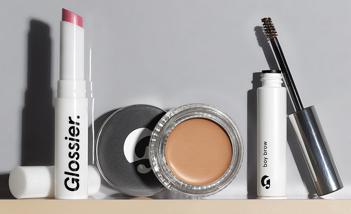Glossier-Beauty-Extremes-Make-Up_Unique-Style-Platform
