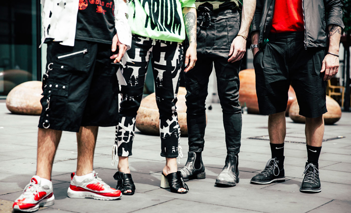 London_collection_mens_SS17_streetstyle_red_unique_style_platform_4