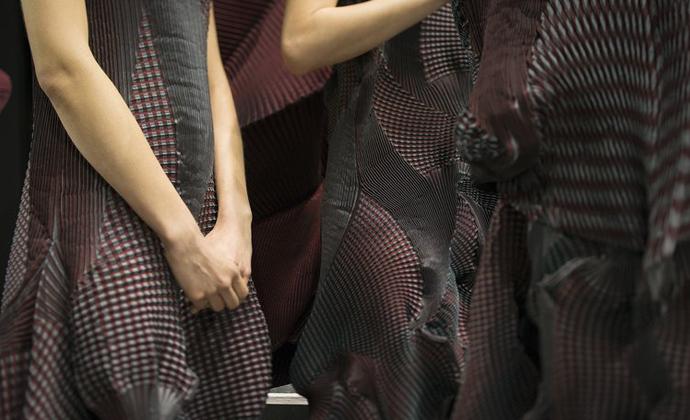 Issey-Miyake-Tribeca-New-York-Textile-Month-Unique-Style-Platform-02