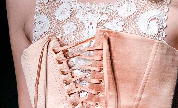 Unique-Style-Platform-Haute-Couture-SS2017-15