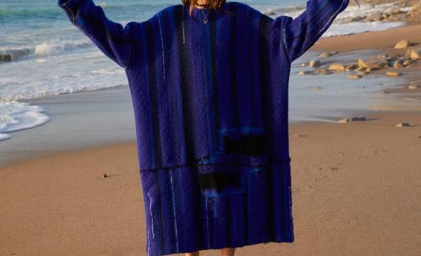 AW1819_Key_Shapes_Upsized_Sweater_Unique_Style_Platform